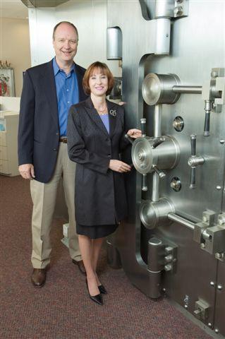 Derald Lyons and Barbara Seacrest